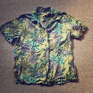 White Stag Green Floral Button Down Short Sleeve